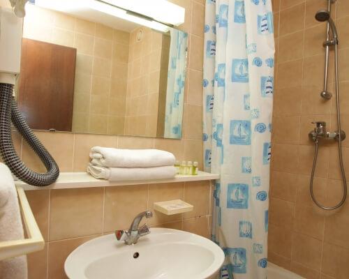 hotel club a kupatilo