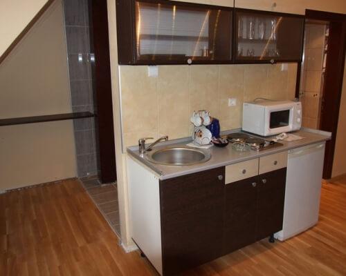 hotel junior kopaonik kuhinja u sobi
