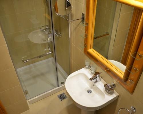 nebeska stolica 2 kupatilo