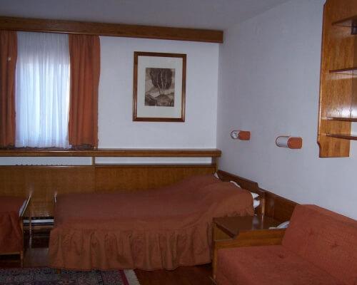 nebeska stolica 2 spavaca soba