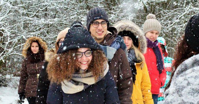 Ljudi na zimovanju
